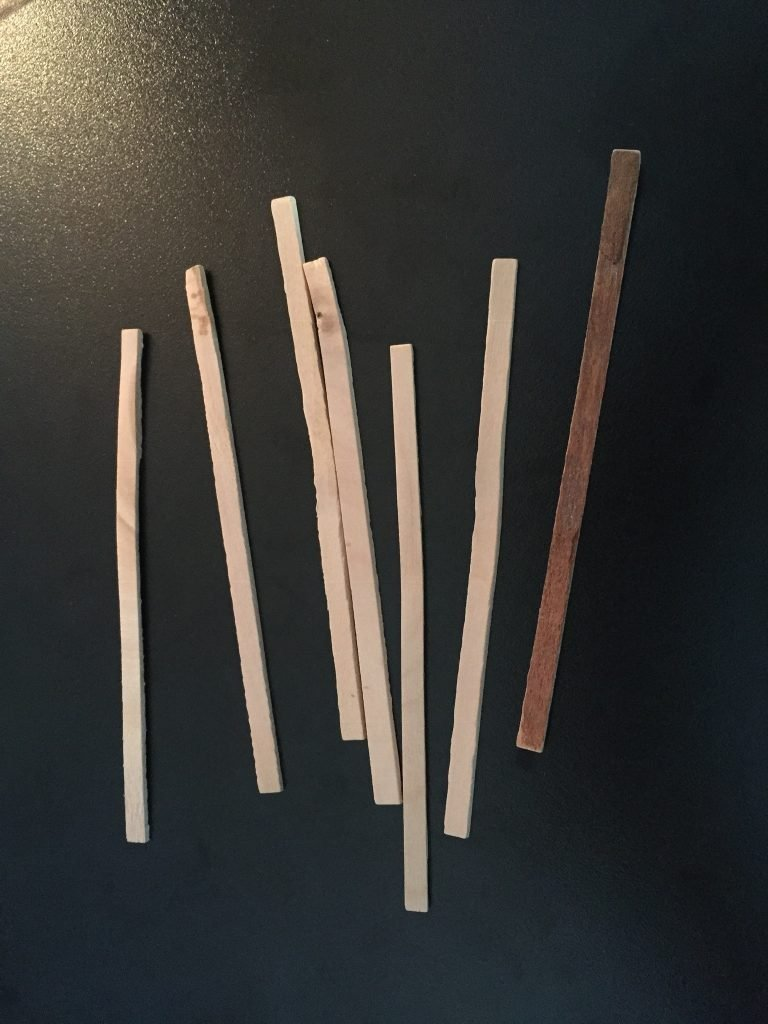A picture of the bad balsa wood sticks