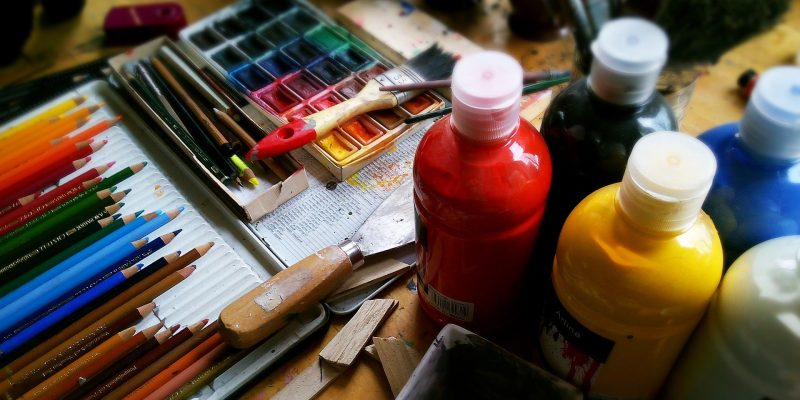 Acrylic Paint for Wood Crafts: Tips and Tricks